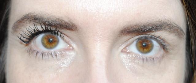 elizabeth-arden-grand-entrance-mascara-review-after-step-3