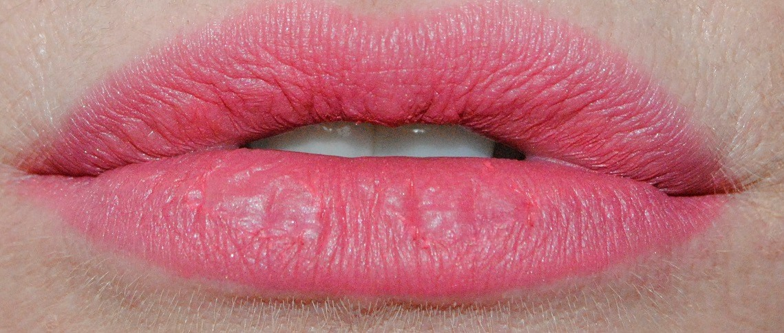 L'Oreal Infallible Matte Max Lip Pen Review & Swatches ...
