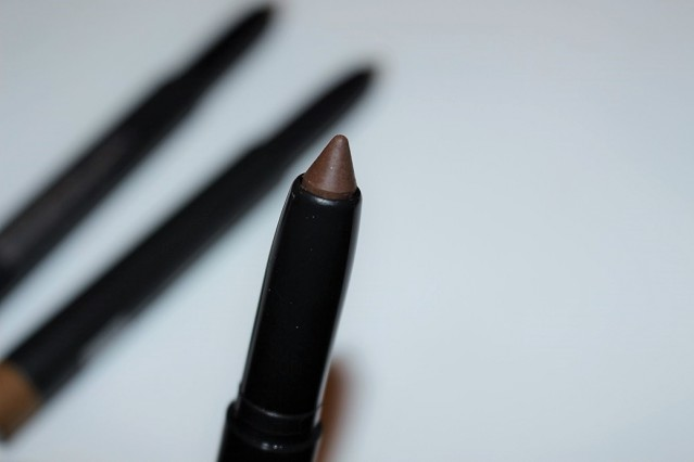 mac-big-brow-pencil-review-spiked