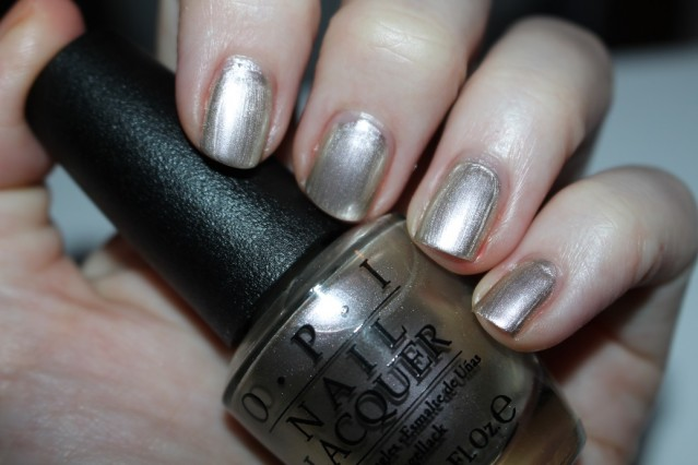 opi-new-orleans-take-a-right-on-bourbon-swatch