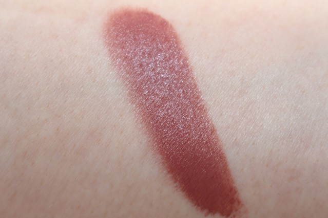 topshop-beauty-everything-stick-swatch-defiant