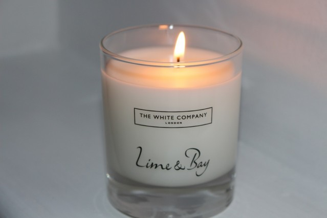 white-company-lime-and-bay-candle-review-2