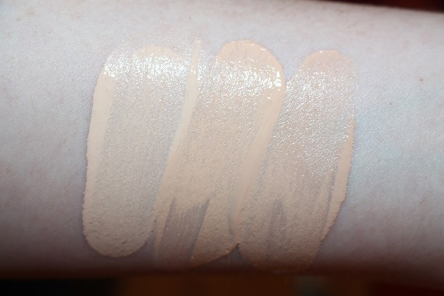 ysl-touche-eclat-foundation-2016-swatches-b10-b20-br20