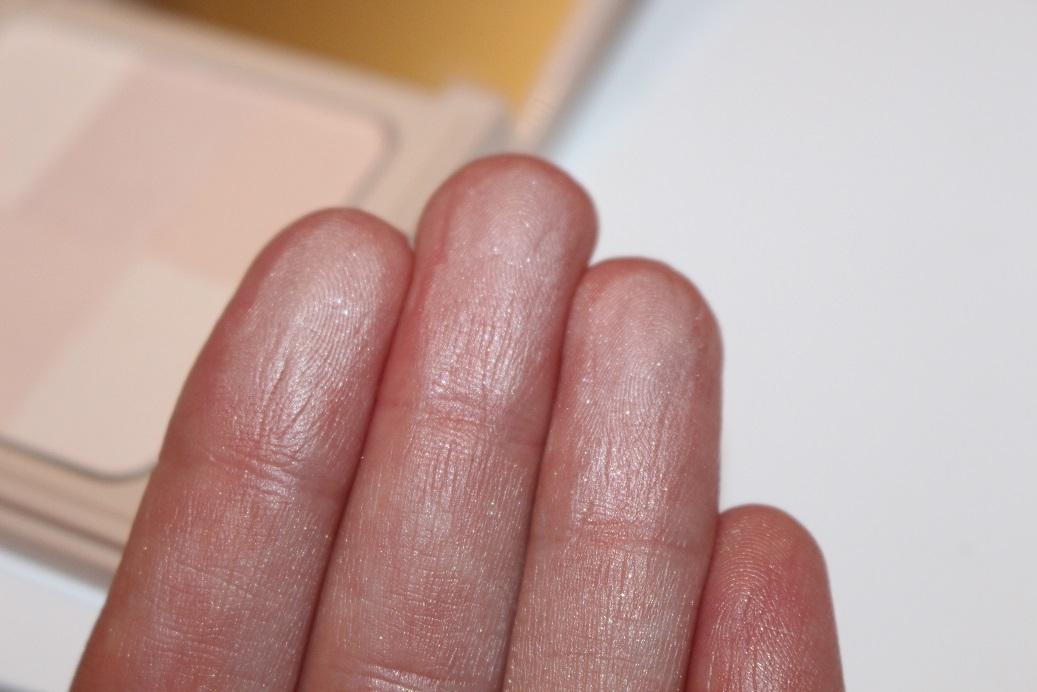 Skin Weightless Powder Foundation by Bobbi Brown Cosmetics #11
