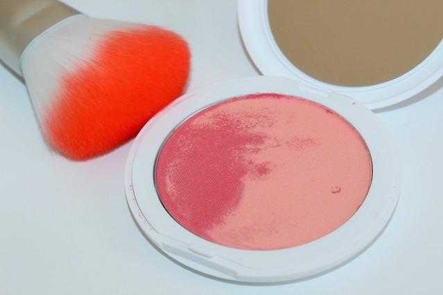 kiko-artist-blending-wave-multicolor-blush-review-2