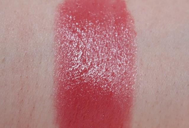 kiko-artist-colour-click-lipstick-swatch