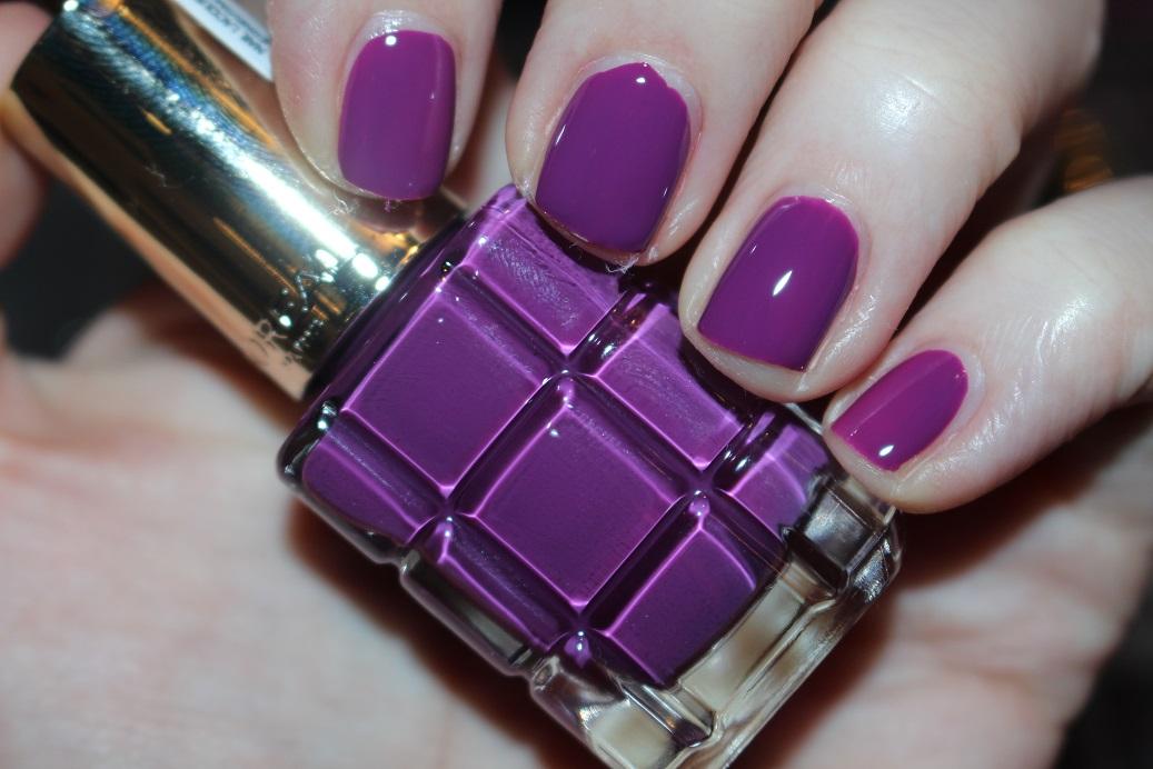 L\'Oreal Paris Color Riche L\'Huile Nail Varnish Swatches - Really Ree