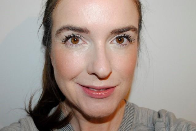 sleek-makeup-cream-contour-kit-review-after-2