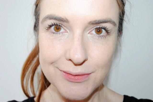 sleek-makeup-cream-contour-kit-review-before