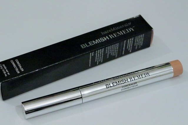 bareminerals-blemish-remedy-concealer-review-2