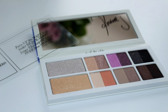 the-estee-edit-eyeshadow-palette-review