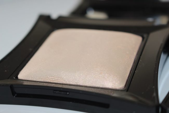 illamasqua beyond powder OMG