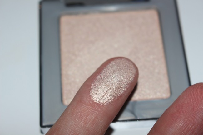 urban decay afterglow 8 hour highlighter sin swatch