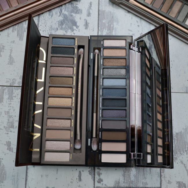 Urban Decay Naked Palettes Swatches Comparison - Original Naked vs Naked Smoky
