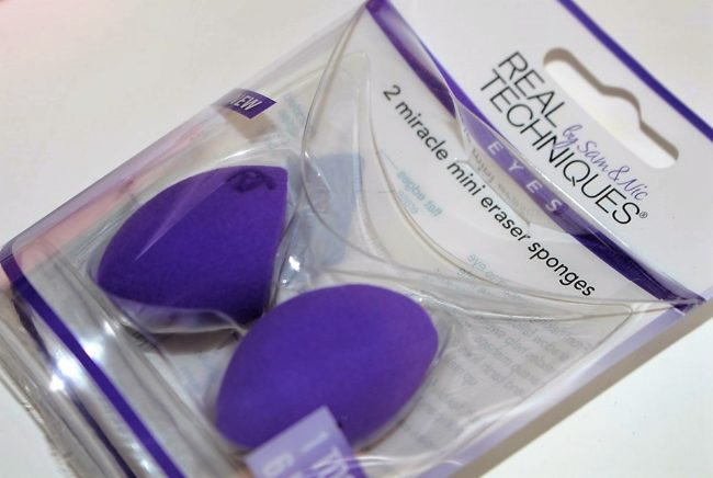 Real Techniques 2 Mini Miracle Eraser Sponges