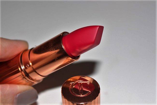 Charlotte Tilbury The Queen Matte Revolution Lipstick