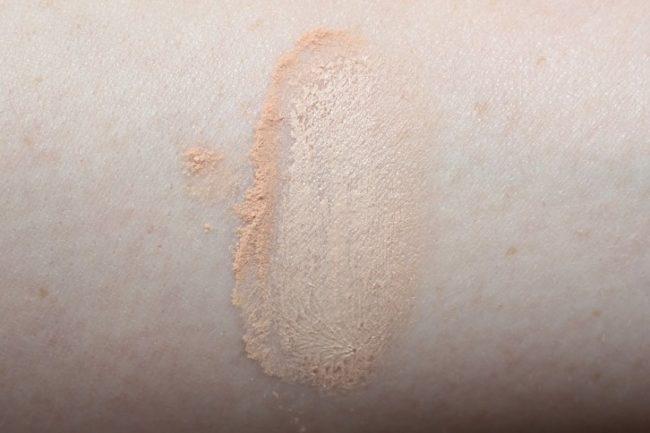 Jay Manuel Powder to Cream Foundation Light 2 Swatch
