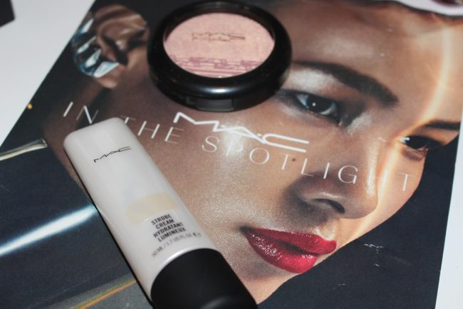 MAC In The Spotlight Highlighter Collection Review & Swatches