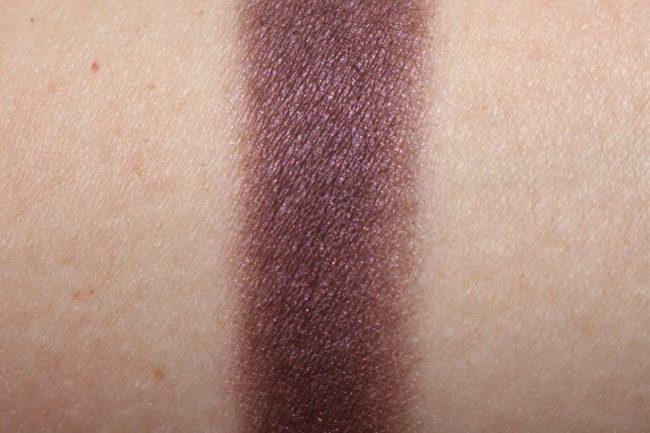 MAC Magic Dust Eyeshadow - Dark Lullaby Swatch