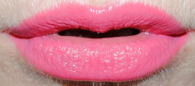 Maybelline Baby Lips Color Balm Crayon Swatch - 010