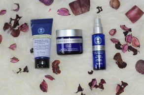 neals yard remedies frankincense intense organic beauty collection review 3.JPG