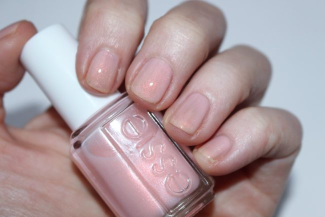 Essie Treat Love and Colour Review & Swatches