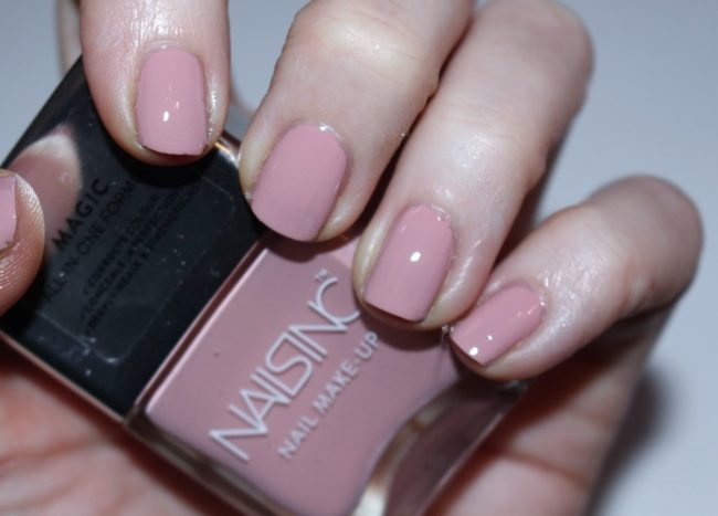 Nails inc Nail Make Up Harley Gardens Swatch