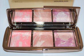 Hourglass Ambient Strobe Lighting Blush Palette