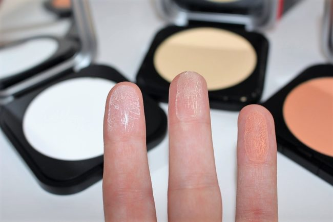 Makeup Forever Ultra Micro Finishing Pressed Powder