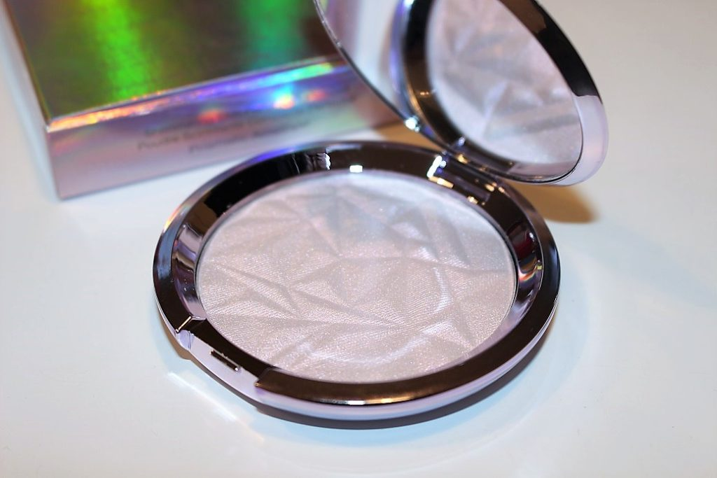 BECCA Prismatic Amethyst Shimmering Skin Perfector Pressed Review & Swatch