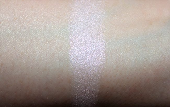 BECCA Prismatic Amethyst Shimmering Skin Perfector Pressed Swatch