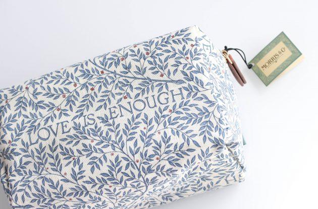 Morris & Co Love Is Enough Linen Cosmetics Bag