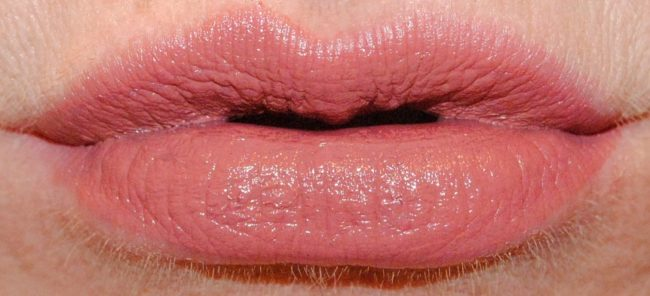 Bobbi Brown Art Stick Liquid Lip Swatches -Naked Pink