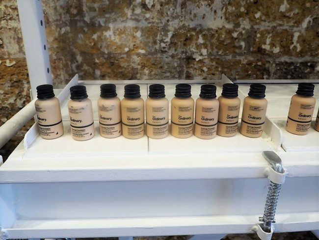 The Ordinary Colours Foundation Swatches - Coverage