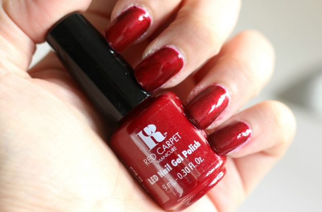 Red Carpet Manicure Fantasy Runway - Rapturous In Red Swatch