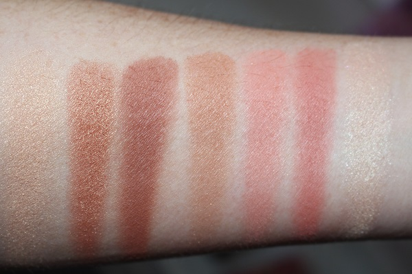 Charlotte Tilbury Instant Look in a Palette Stoned Rose Beauty Swatches