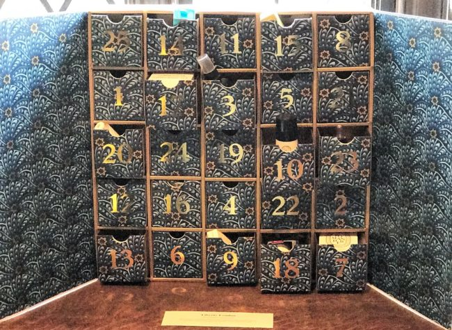 liberty advent calendar 2017 what 39 s inside this year. Black Bedroom Furniture Sets. Home Design Ideas