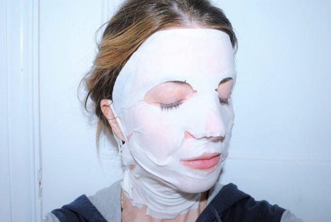 Super Restorative Instant Lift Serum Mask by Clarins #15