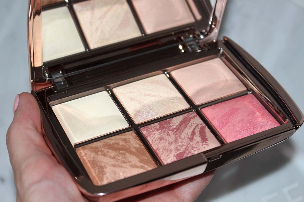Hourglass Ambient Lighting Edit 3 Swatches – Holiday 17