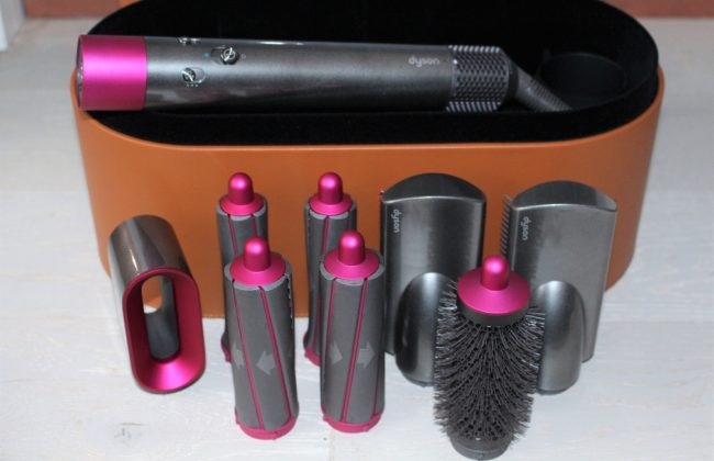Best Electrical Beauty Gifts Christmas 2018 - Dyson Airwrap