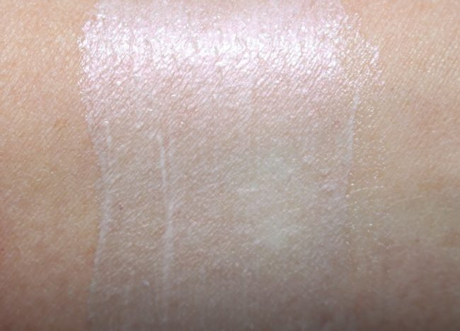 La Mer Holiday 2018 Illuminating Cream Swatch