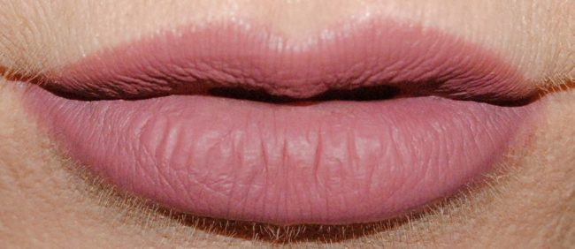 Barry M Nude Matte Me Up Lip Kit - Ride or Die Swatch