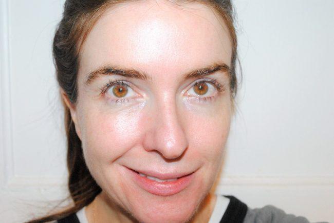 Charlotte Tilbury Brightening Youth Glow Primer Swatch