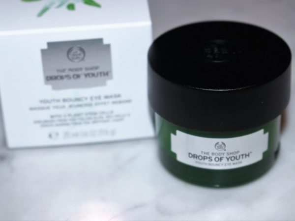 The Body Shop Drops of Youth Bouncy Eye Mask Review