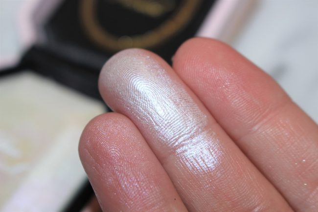 Too Faced Diamond Light Highlighter UK