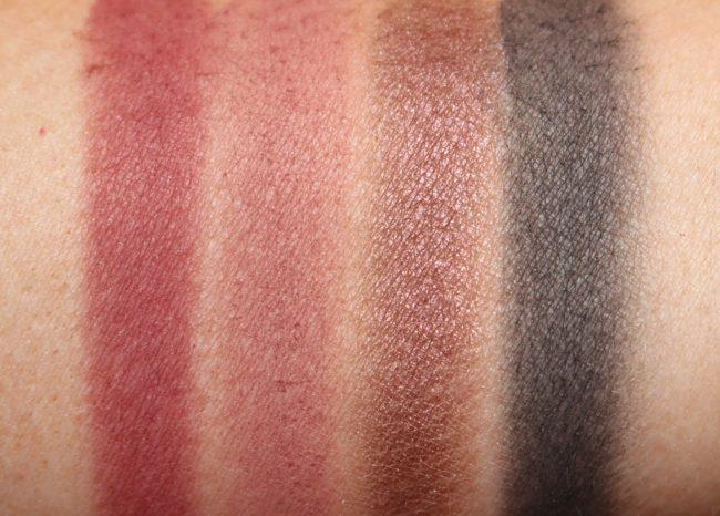 Zoeva Queen's Guard Eyeshadow Palette Swatches