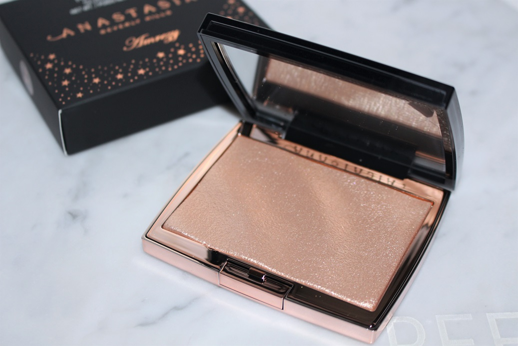 Anastasia Amrezy Highlighter Uk Review Amp Swatches