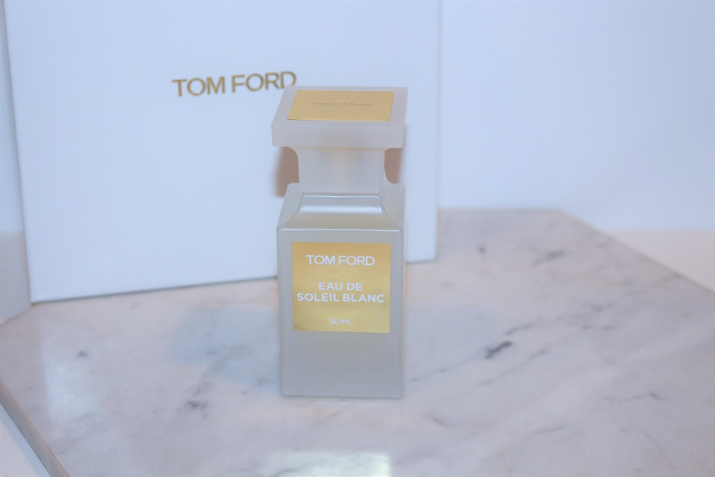 tom ford eau de soleil blanc private blend review. Black Bedroom Furniture Sets. Home Design Ideas