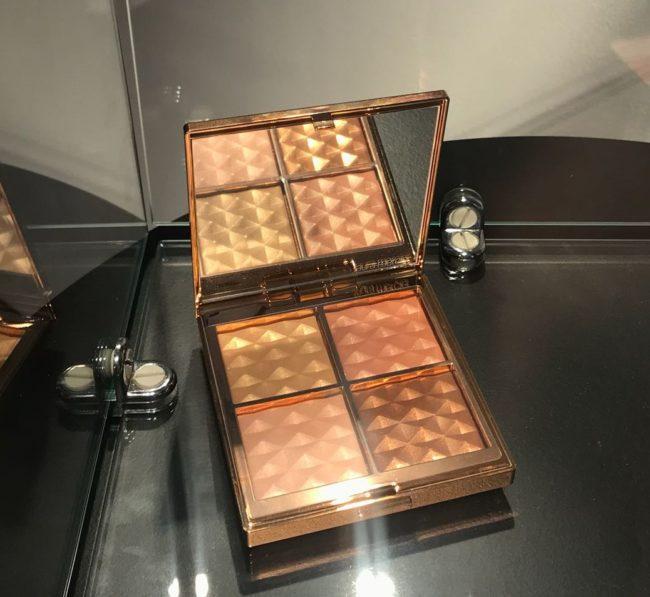 Laura Mercier Magic Hour Face Illuminator Palette Holiday 2018