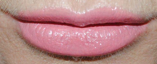 MAC Plenty of Pout Plumping Lipstick Nicer Than Nice